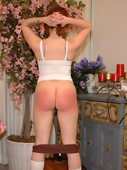 A chick was spanked by hairbrush