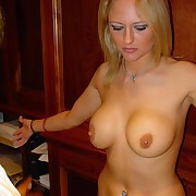 Blonde skank gets her pleasant plump ass caned