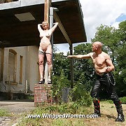 Blonde amateur has back hold to ultra strong whipping lashes coupled with water pain outdoor