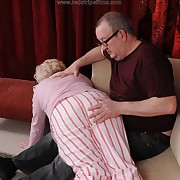 Bodily soubrette has harsh spanks on high her buttocks