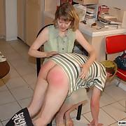 Graveolent quean gets bloodthirsty spanks on her buttocks
