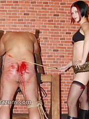 Male` ass got brutal caning