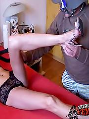 Toe sucking & facesitting femdom fetish