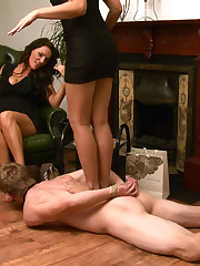 Kinky become man and the brush friend pretend tugjob with the brush husband