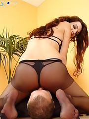 Mistress in pantyhose sat on slave