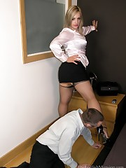 A domme humiliated malesub