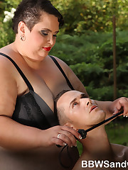 BBW dominatrices love 3some femdom sex