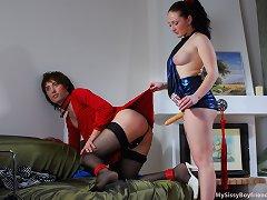 Red hawt sissy training