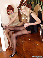 Girl on girl mutual foot worship while wearing pantyhose