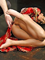 Wenona suffers stinging castigation within reach someone's skin hands be fitting of her masters