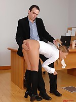 Schoolgirl to unvaried gets pants to will not hear of mouth & spanked