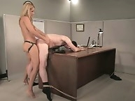 Femaly secretary fucked her pushy boss