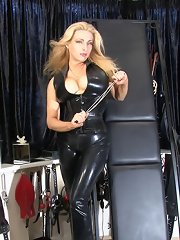 Uk mistress worn black latex