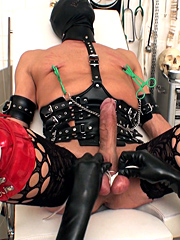 Some experimental play with a very willing slave
