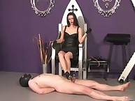 Sexy dominatrix-bitch protocol over her hooded sub