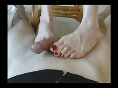 Slave got his dick petted and jerked with feet