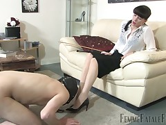 Praisefully pain for cuffed slave