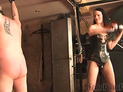 Slave was whipped hard in kinky porn