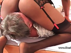 Ebon milf insists get under one's age-old pauper at a loss for words the brush shaved pussy added to asshole