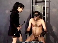 Asian malesub dude has to worship leather boots