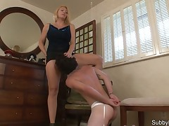 slit smothering from blond Dominatrix