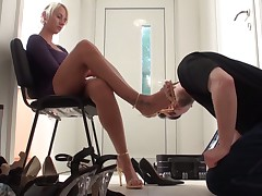 Another foot worship porn with slave boy and Dominatrix
