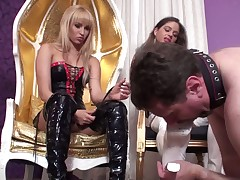 Slave had to lick Dominatrix and was her ashtray