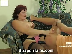 Mistress with big boobs was posing and fucking in the doctor's office