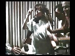 Nude Vengeance - Deborah Tranelli