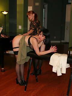 <!–-IMAGE_COUNT-–> of Spanking a punishment potpourri