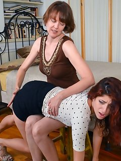 <!–-IMAGE_COUNT-–> of Nikki Knightly was spanked
