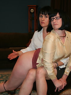 <!–-IMAGE_COUNT-–> of Sophia locke spanked and caned