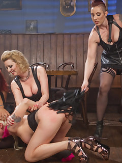 <!–-IMAGE_COUNT-–> of Lorelei Lee Devoured by Hot Horny Lesbians