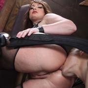 The milf got her ass licked