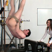 A men was tied in the class