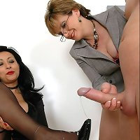 Handjob with spunk fountain on the feet