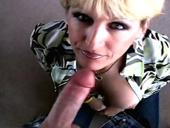 loves sucking hubbys cock and eating his cum
