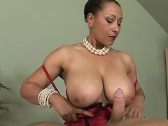 Ebony gives handjob