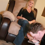 Blonde mistress got her toes licked