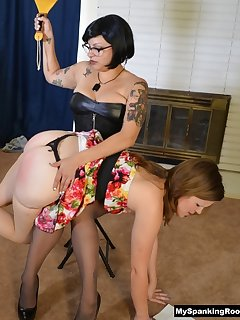 16 of Bettie Breaks in new Roommates